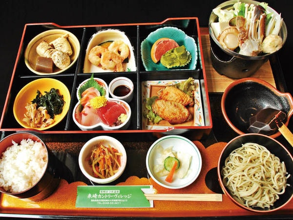 【夕食/例】季節替わりの和食膳をご用意