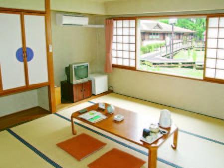 【本館和室/例】畳でゆっくりしたい方に♪8畳和室をご用意