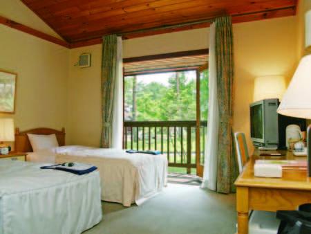 【ログ棟洋室/例】木の温もりを感じるログハウスタイプの客室