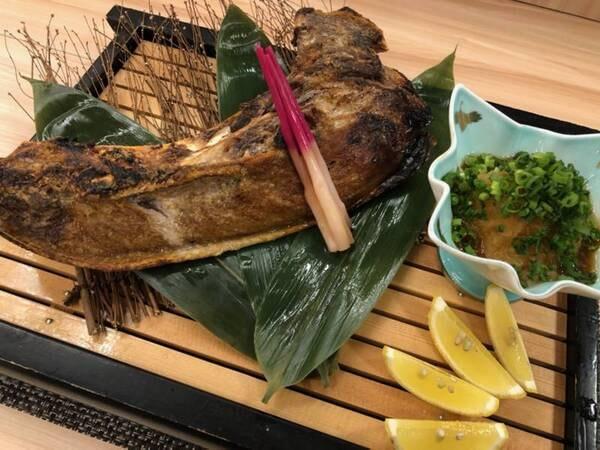 【別注料理】鮪のカマ焼き/例