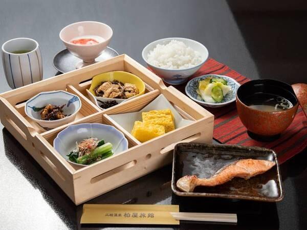 *【朝食全体例】体に優しい和食膳をご用意致します。