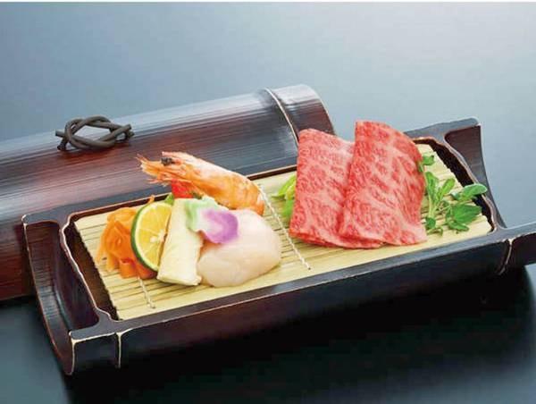 【夕食ブッフェ/例】ブッフェの他「和牛料理」「お造り」の2品付※食べ放題ではございません
