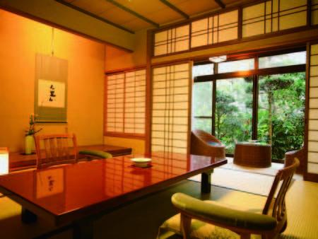 【客室/例】木の温もりに包まれる純和風のお部屋 ※眺望は宿お任せとなります