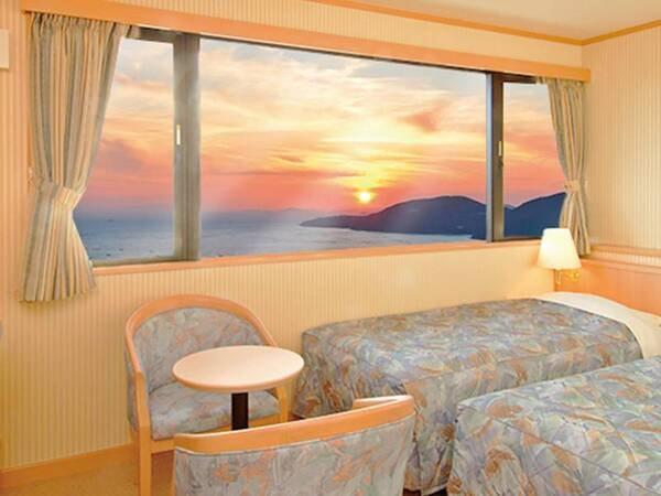 瀬戸内海に面したツインルーム(客室一例)