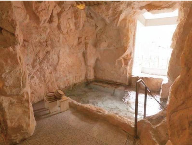 【貸切風呂】洞窟風呂