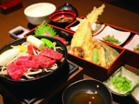 【夕食/天ぷら選択例】牛鉄板焼き&「海鮮丼」or「天ぷら・お造りセット」を選べる