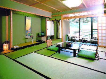 【和室/例】お風呂と洗面も贅沢に温泉を利用した和室