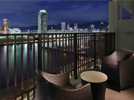 【西側客室/例】テラスから神戸の夜景を望む客室※西側で要予約