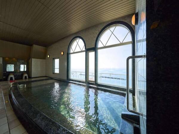 【大浴場・朝日の湯】眼下に広がる須磨海岸♪水平線を眺めながら今日の疲れを洗い流してください
