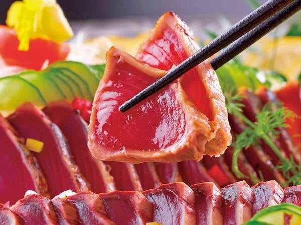 【3~5月 春の料理フェア】『かつおたたきと彩り野菜』※イメージ
