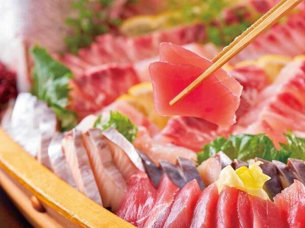 【★2021夏の料理フェア★】本まぐろと刺身4種※イメージ