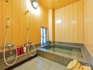 【貸切風呂】館内2箇所ある内湯の大だぼの湯・小だぼの湯は無料で貸切可能。のんびり浸かって旅の疲れを癒す