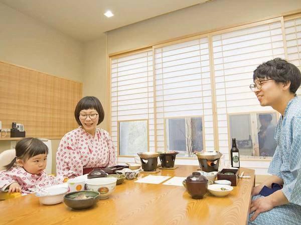 【お部屋食】夕食はお部屋にてご用意!ご家族でゆっくりと過ごせます
