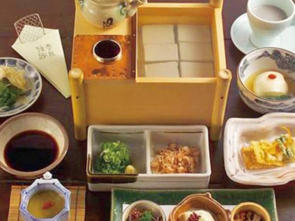 【朝食/例】丹波黒豆の山家豆腐朝食