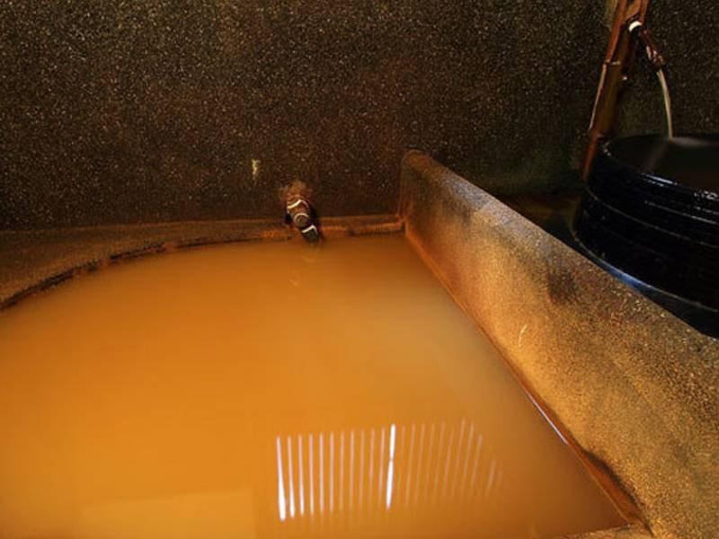 【蔦葉子】淡褐色の良質な湯を楽しむ。利用時に施錠してお使い頂く貸切方式