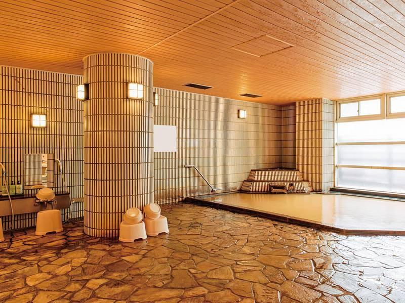 【大浴場】有馬の名湯「金泉」で日頃の疲れを癒してください