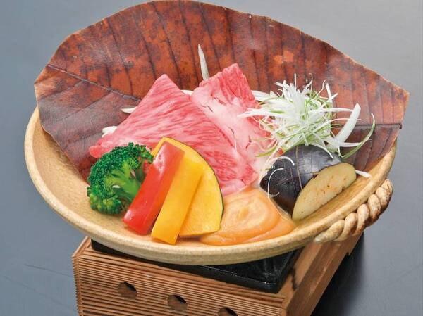 【太閤プラン】牛肉ときのこの朴葉味噌焼き/例