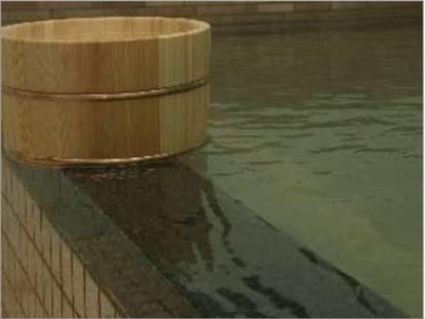 【七釜温泉 湯宿 奥澤旅館】美食と源泉かけ流し湯でゆったり寛ぐ、静かな田園風景の中に佇む内湯旅館