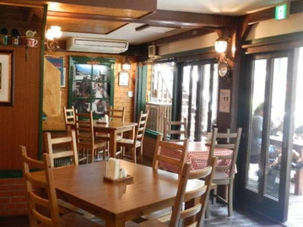 【グリル六甲】モルゲンロート1階にあるレストラン。ステーキがおすすめ