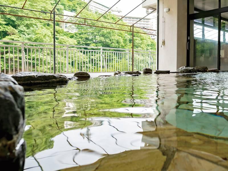 【大浴場】湯触り柔らかなで効能豊かな湯を満喫