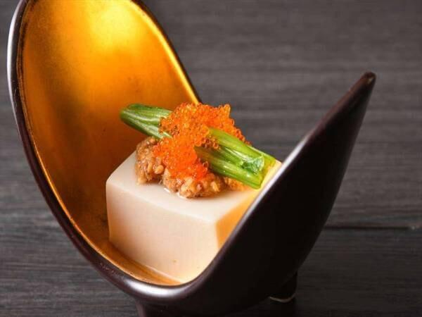 【夕食/一例】小西ホテル特製ごま豆腐