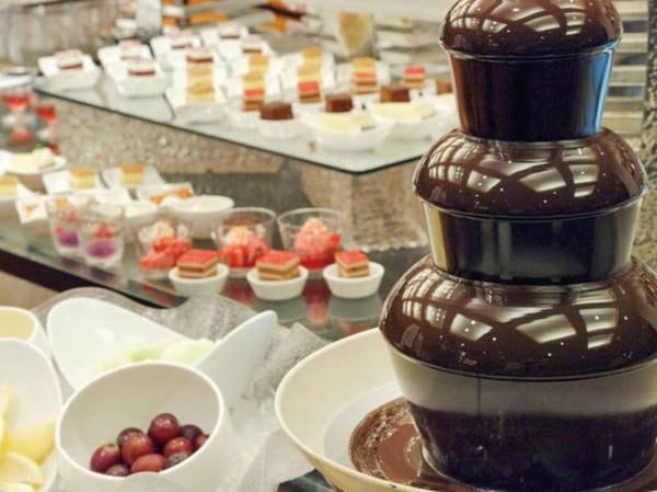 【夕食バイキング/例】お子様に大人気の「チョコレートファウンテン」も楽しめる♪