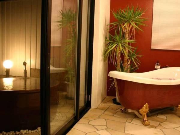 【離れメゾネットBタイプ/一例】内風呂と露天風呂を完備!