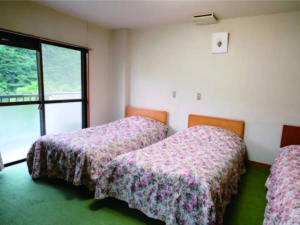 【客室/例】マンション風の客室棟。和洋室の造り