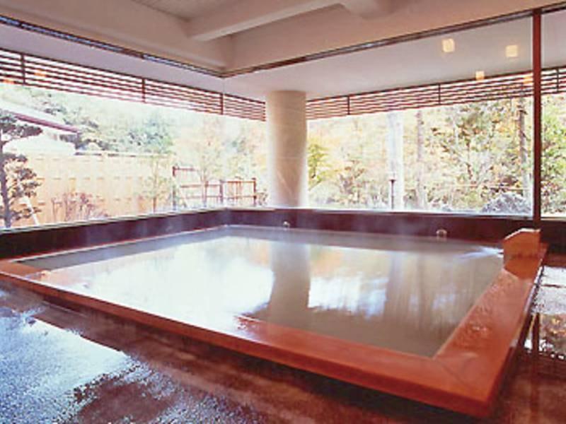【「高尾の湯」大浴場】お風呂上りはお肌のスベスベ感を堪能!