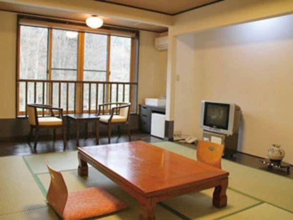 【別館和室/例】和風モダンを基調としたシックな雰囲気
