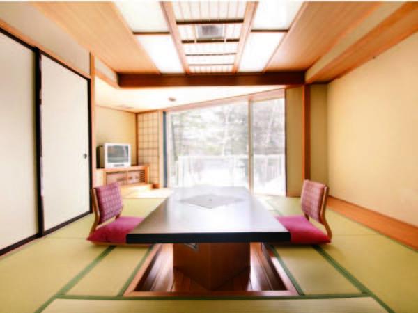 【堀りコタツ式和室/例】布団を並べて敷けないためお得価格でのご用意