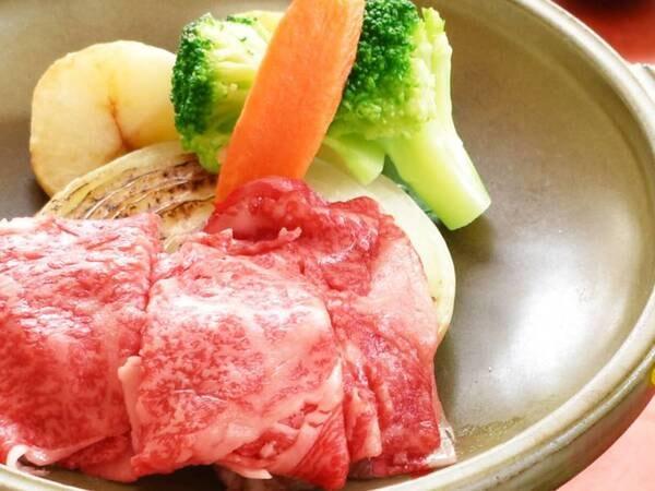 那須高原牛の陶板焼きなど地元食材のご夕食