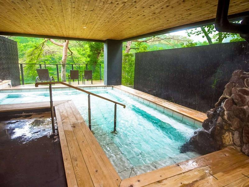 【露天風呂】自然豊かな鬼怒川渓谷を見下ろす