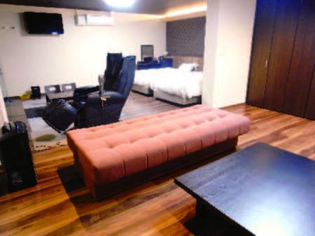 <客室/例>広々とした55平米の和洋室。もちろん露天風呂も完備