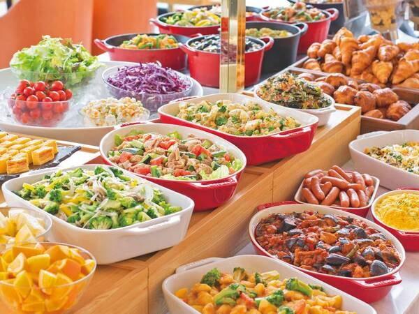 【朝食/例】健康を重視したメニューは和食・洋食ともに種類が豊富