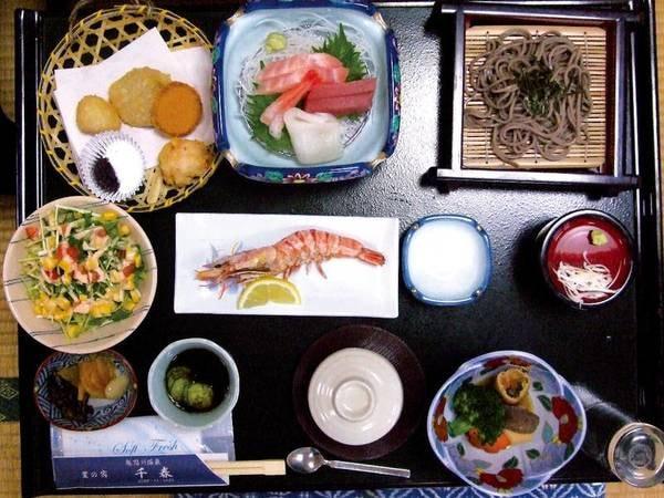 【1泊2食付プラン/夕食一例】季節変わりの御膳