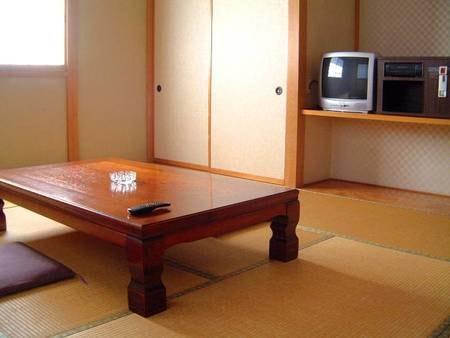 【和室/例】広さ8畳以上のお部屋へご案内