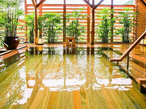 【露天風呂】檜の優しい香り