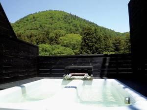 【6階 貸切露天風呂】大きなお風呂を贅沢に独り占め