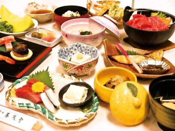 <夕食/例>お部屋食。季節の鍋物・煮物・日光名物湯波お造り等