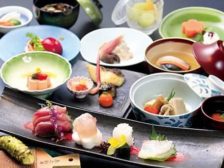 【基本会席/例】伊豆の山海の旬を集めてお届けする新井旅館の基本会席