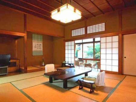 【準特別室/例】登録文化財「桐の棟」池の上に建ち、角部屋で二方向に窓があるので開放感抜群