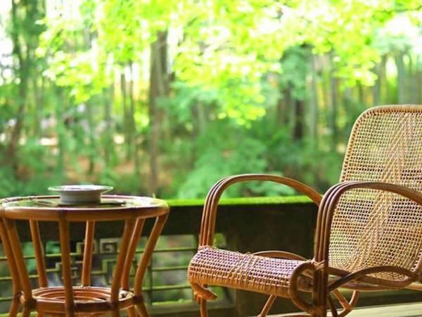 【「特別室」/温泉内風呂付/例】客室からは清流桂川が眺められる