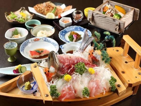 【夕食/例】平日限定「鮮魚の舟盛り付き会席」