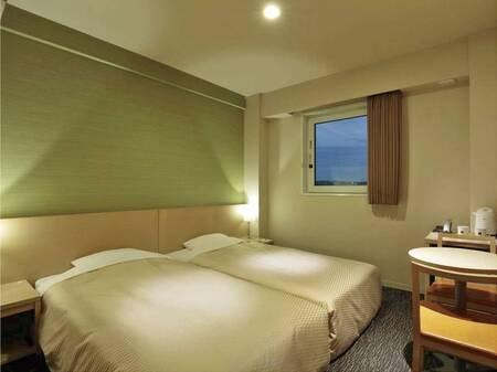 【ハリウッドツイン/例】2台のベッドを寄せて並べたハリウッドツインスタイル
