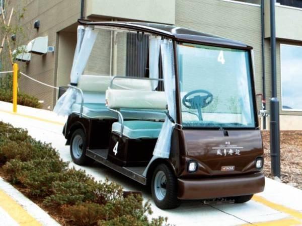 【移動用カート】敷地は約4.5万㎡と広大!客室から大露天風呂や食事会場へは専用の自動運転カートで移動