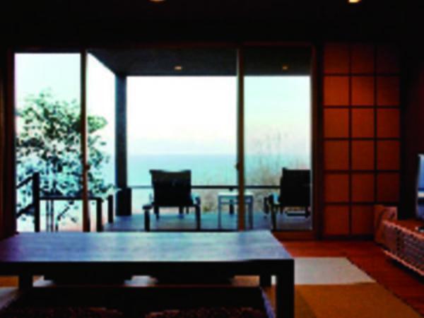 【離れ客室/例】広さも設えもワンランク上。1棟ずつ独立した造りの1階または2階を