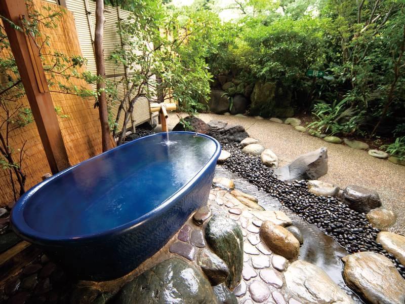 【無料貸切露天風呂/陶雅の湯】情緒豊かな庭園を眺める