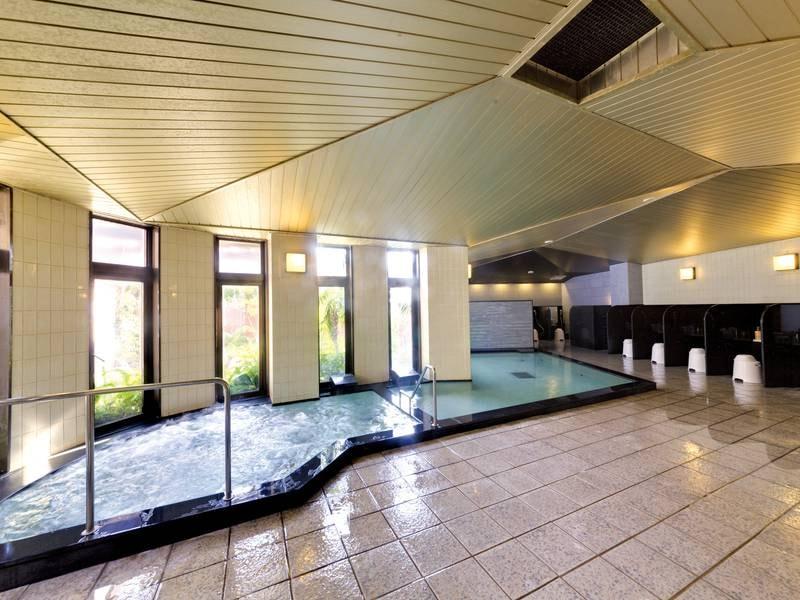 【大浴場】14時~翌11時までと、ほぼ1日中入浴可能