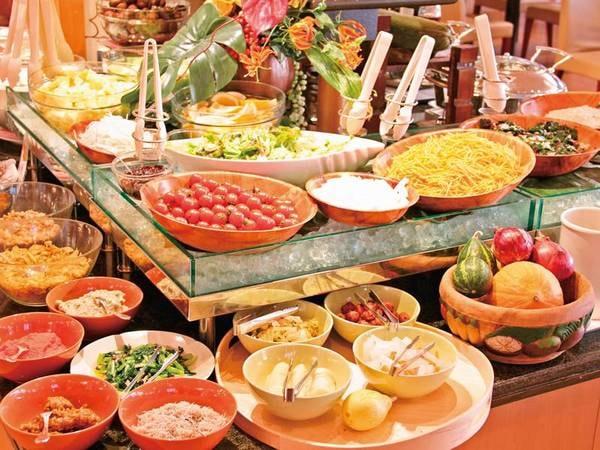 【朝食/例】朝食は充実の50種以上バイキング